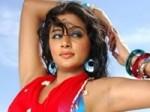 Priyamani Doesnt Mind Anushka