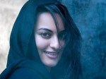 Shatrughan Gets Emotional As Sonakshi Walks Ramp Aid