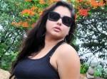 Namitha Flying Kiss Irks Cheran Aid