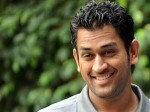 Dhoni Watches Force In Chennai Aid