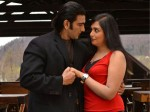 Dracula Actor Sudheer Beats Heroine