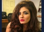 Raveena Tandon Goes For Uber Flam At The Races