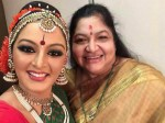 Manju Warrier S Selfi With Ks Chithra Goes Viral
