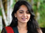 Anushka S Slap On Young Actresses