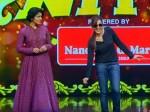 Manju Warrier Imitate Mohanlal Aaraam Thampuran Flowers Tv Video Rani Padmini Rima