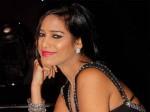 Poonam Pandey Exposes Pics
