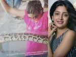 Actress Poonam Kaur With Snakes
