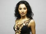 Tannishtha Chatterjee Slams Comedy Nights Bachao