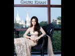 Shahrukh Khan S Wife Gauri Khan Offered Money A Press Photographer
