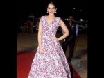 Viral Image Kriti Sanon Wearing Rs 2 000 Note Dress Is Fake