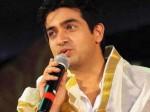 Neerav Bavlecha And Prasanna Master In Onnum Onnum Moonnu