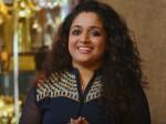 Kavya Madhavan On Stage Dileep Show