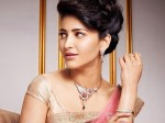 Kushbu Give Suggestion To Shruti Hassan