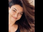 Here S Why Sushmita Sen Is Glowing This No Makeup Click