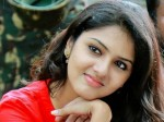 Gayathri Suresh Is Bold Lecturer With Communist Leanings Heer Next