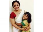 Uppum Mulakum Frame Nisha Sarang Responds Gossips