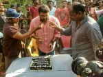 Mohanlal Gets Warm Welcome Kayanmkulam Kochunni Location Pics Viral