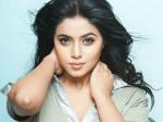 Actress Shamna Kasim S Facebook Live Video