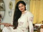 Sabarimala Issue Female Entry Bigg Boss Gayathri Raghuram Twitter Post