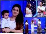 Navya Nair And Nithaya Das In Onnum Onnum Moonu