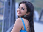Rakul Preet Reacts Strongly To Insulting Comment On Her Pantless Image