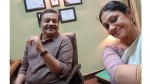 Suresh Gopi S Selfi Picture With Shobhana At Location