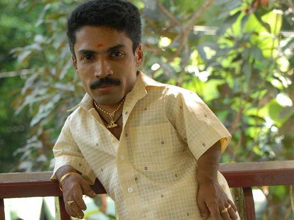 അപ്പോത്തിക്കിരി സംവിധായകന്റെ 'ഇളയരാജ'യില് നായകന് ഗിന്നസ് പക്രു: ഫസ്റ്റ്ലുക്ക് പോസ്റ്റര് കാണാം