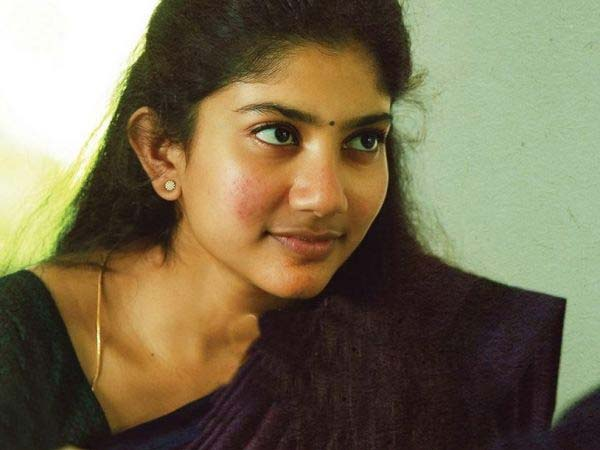 SHOCKING SAIPALLAVI REJECTS MAHESH!