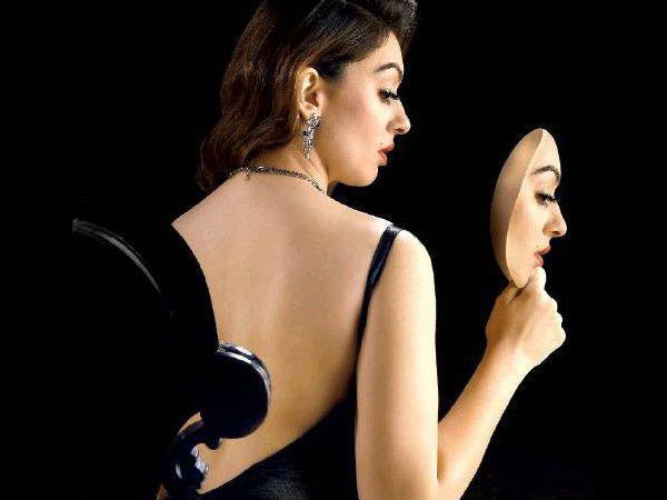 ഹന്സികയുടെ അന്പതാമത്തെ ചിത്രം, ഫസ്റ്റ്ലുക്ക് പോസ്റ്റര് പുറത്ത്!!