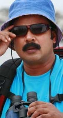 https://malayalam.filmibeat.com/img/2008/12/26-dileep-crazygopal150.jpg