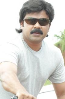 http://malayalam.filmibeat.com/img/2009/03/05-dileep-moses.jpg
