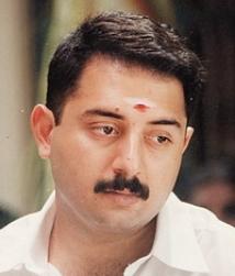 https://malayalam.filmibeat.com/img/2009/06/11-aravind.jpg
