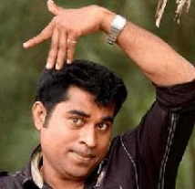 http://malayalam.filmibeat.com/img/2009/08/31-suraj.jpg