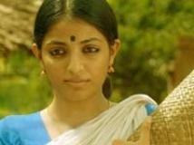 https://malayalam.filmibeat.com/img/2009/12/07-palery-manikyam-2.jpg