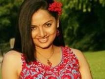 https://malayalam.filmibeat.com/img/2010/01/16-samvirutha-200.jpg