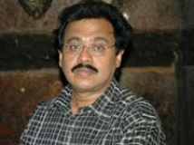 http://malayalam.filmibeat.com/img/2010/09/21-vinayan.jpg