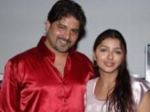https://malayalam.filmibeat.com/img/2011/02/04-bhoomika-hubby.jpg