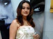 https://malayalam.filmibeat.com/img/2011/06/19-soniaagarwal.jpg
