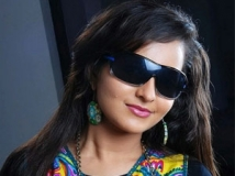 http://malayalam.filmibeat.com/img/2012/02/18-bhama6.jpg