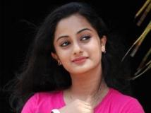 https://malayalam.filmibeat.com/img/2013/03/27-namitha-pramod.jpg