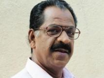 https://malayalam.filmibeat.com/img/2013/04/19-kollam-thulasi.jpg