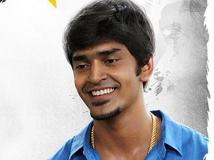 https://malayalam.filmibeat.com/img/2013/12/09-manik-krishnashanker.jpg