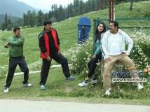 http://malayalam.filmibeat.com/img/2014/01/02-salaam-kashmir-big.jpg