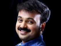 https://malayalam.filmibeat.com/img/2014/03/12-kunjakko-boban.jpg