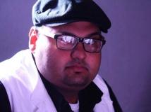 http://malayalam.filmibeat.com/img/2014/03/18-shekhar-menon-5.jpg