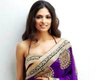 http://malayalam.filmibeat.com/img/2014/04/05-parvathy-omanakuttan-13432880033.jpg