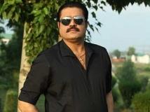 https://malayalam.filmibeat.com/img/2014/05/02-sureshgopi.jpg