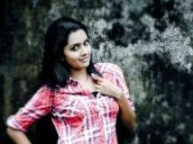 https://malayalam.filmibeat.com/img/2014/06/19-mahima3.jpg
