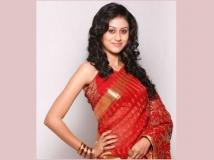 http://malayalam.filmibeat.com/img/2014/06/23-mariajohn.jpg