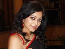 https://malayalam.filmibeat.com/img/2014/06/30-janani-iyer-600.jpg